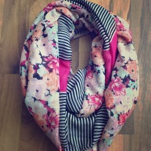 Gorgeous Floral and Stripe Chic infinity Scarf